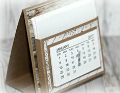 We are still in January, I can still show some more calendars. I have seen these mini calendars, and of course … – River Desktop Calendar, Diy Calendar, Desk Calendars, Craft Fair Table, Kalender Design, Stampin Up Anleitung, Envelope Box, Crafts With Pictures, Teacher Notes