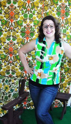 Vintage 1970's Green Blue Yellow Orange Polyester Sleeveless Zip Up Tank Top Womens Shirt With Collar Polo Floral Flower Power Size Large