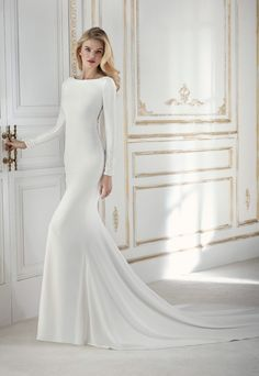 Tienda de vestidos de novia en Madrid La Sposa by Pronovias coleccion 2018 Modelo Paladium en Eva Novias C/ Mayor, 5 Tel: 91 522 35 73. Complementos
