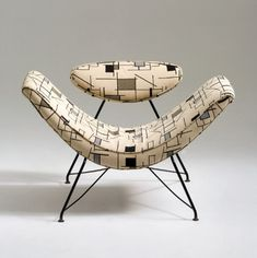 Delightful shape and upholstery! Vintage mid-century modern 'Reversivel' lounge chair by Austrian-born Brazilian designer Martin Eisler via Notes Design