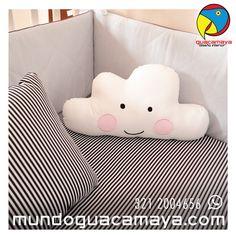 Lencerías personalizadas para bebés. Lencería para cunas y cama cunas. Lenceria rayas negras Backrest Pillow, Pillows, Black Stripes, Sweet, Beds, Party, Cushions, Pillow Forms, Cushion