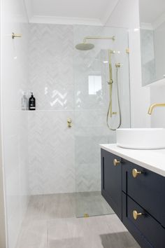 Walk In Shower Herringbone Feature Tile, Feature Wall, Wall Hung Vanity, In Wall Vanity Mixer, Dark Small Bathroom Renovations, Upstairs Bathrooms, Bathroom Renos, Grey Bathrooms, Laundry In Bathroom, Shower Niche, Walk In Shower, Frameless Shower, Bad Inspiration