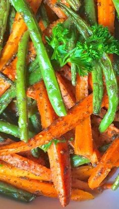 Za'atar Roasted Carrots and Green Beans - (recipe for za'atar spice blend on misc. recipe board)