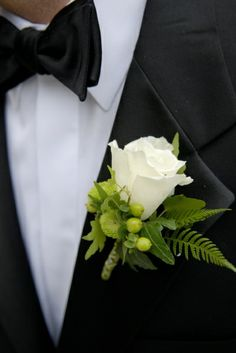 Toni Chandler, a seven-time award winning florist featured in Southern New England Weddings, creates striking floral designs for weddings and corporate events. Button Holes Wedding, Boutonnieres, Buttonholes, Wedding Flowers, Floral Design, Corsages, Weeding, Galleries, Greenery