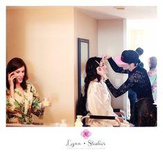 @lynnstudios1  Photographer I Lynn Studios  #tampawedding #weddings #lifestyleweddings  #classicweddings #gettingready