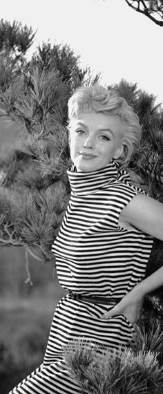 1954: Marilyn Monroe wearing striped sleeveless dress …. #marilynmonroe #pinup #monroe #normajeane #iconic #sexsymbol #hollywoodlegend #hollywoodactress #1950s