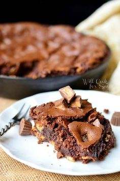 Ultimate Peanut Butter Cup Skillet Brownies   from willcookforsmils.com #brownies #Reeses