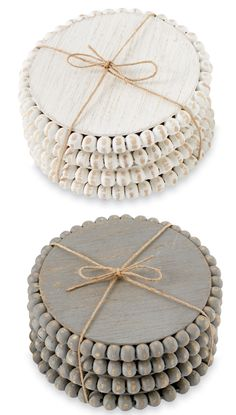 Scrap Wood Crafts, Wood Block Crafts, Diy Wood Projects, Wood Bead Garland, Diy Garland, Beaded Garland, Wood Coasters, Bead Crafts, Diy Crafts