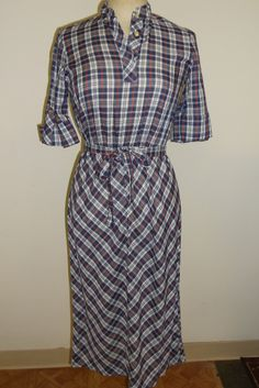 vintage 1980s cotton plaid dress with matching belt best fit size 7/8 9/10 clean and ready for wear.