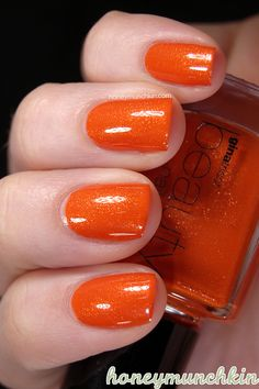 Gina Tricot Beauty - 104 Pump The Breaks says: Holy shit. I need this polish. Orange Nail Polish, Metallic Nail Polish, J Nails, Manicures, Gina Tricot, Nail Colors, Swatch, Pump, Hair Beauty