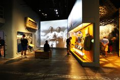 Coming in the No. 4 spot of TripAdvisor's Top American Museums is the National WWII Museum in New Orleans, Louisiana. Museum Exhibition Design, Exhibition Space, Design Museum, National Gallery Of Art, Art Gallery, Interaktives Museum, New Orleans Museums, Interactive Exhibition, Textile Museum