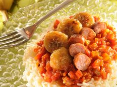 Riz à la cubaine Cuban Recipes, Chana Masala, Potato Salad, Chicken, Cooking, Ethnic Recipes, Food, Risotto, Bell Pepper