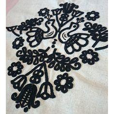 ルーマニアの刺繍「イーラーショシュ」 糸 Vintage Jewelry Crafts, Hungarian Embroidery, Blog Planner, Blogger Tips, Blogger Templates, Jewelry Organization, Blackwork, Kids Rugs, Stitch