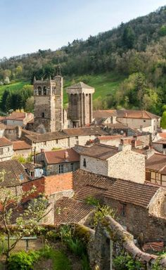 Belle Villa, Beaux Villages, Rhone, Patio, Mansions, House Styles, Outdoor Decor, Travel, Fantasy Places