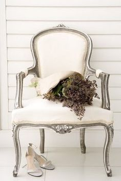 silver and cream arm chair : refined and ornate