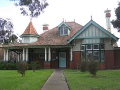 A Large Queen Anne Villa in Melbourne (Ascot Vale), Australia. Queen Ann Federation home.