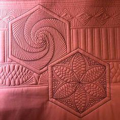 Millefiori Quilt Pattern, Millefiori Quilts, Machine Quilting Designs, Quilting Ideas, Quilting Projects, Circle Quilt Patterns, Circle Quilts, Longarm Quilting, Free Motion Quilting