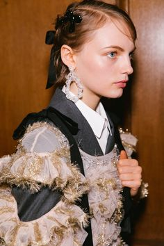 How Brit Girls Do Bows and Braids at Simone Rocha