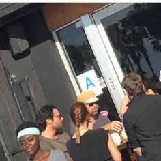 "ReLy Funky on Twitter: ""@AidanTurnerCNR Aidan Turner spoted in LA (thx _yarher) 03/2016"