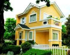 Yellow house in the Philippines
