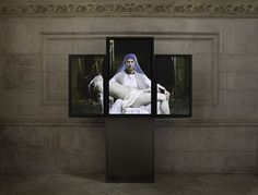 Pictures and details of Bill Viola: Mary at St. Paul's Cathedral, London, September 2016 – 2017 – Contemporary art with installation views Op Art, Bill Viola, Aesthetic Objects, Video Artist, Video Installation, Video New, Sacred Art, Art Studies, French Artists