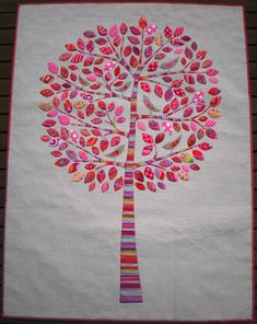 Applique tree - great for scraps!  Designer is Lilly Pilly Don't Look Now