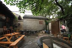 Source: On Tap: Beer with Chinese Herbs at Beijing's First Microbrewery = outside tables