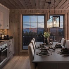 Check this out! I actually enjoy this colouring scheme for this Cabin Homes, Log Homes, Home Staging, Chalet Interior, Interior Design, Log Home Interiors, Sauna Design, Cottage Living, House Layouts