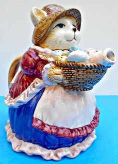 Mama Cat Teapot, Kitty with Basket of Fish, Ceramic Cat in Dress and Apron, Figurine with Bonnet, Collectible Feline Teapot, Vintage Teapot