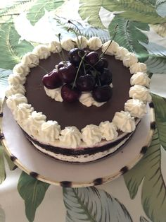 Cherry Cake, Tiramisu, Ethnic Recipes, Desserts, Food, Meal, Cherry Pies, Deserts, Essen