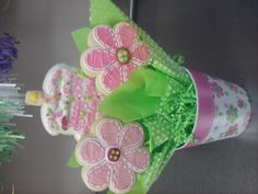 button daisy cookie bouquet