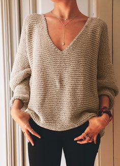 Knitting Kits, Sweater Knitting Patterns, Easy Knitting, Loom Knitting, Knitting Stitches, Snood Scarf, Casual Sweaters, Loose Knit Sweaters, Crochet Cardigan