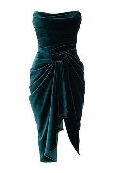 Celebrity Inspired Dresses, Strapless Corset, Inspirational Celebrities, Women's Fashion Dresses, Midi Dresses, Up Girl, Green Dress, Green Velvet Dress, Look Cool