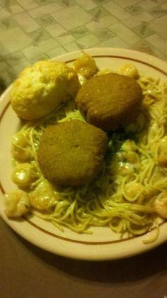 Crab cake and shrimp alfredo pasta from Copeland's.