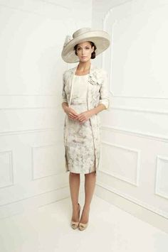 Ma, I know this is a skinny model but what do you think of the matching coat and dress combo? I quite like it.
