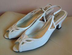 Women's VINTAGE 80s White Peep Toe Sling back Heels Sandals Kitten Heel Size 7.5 #EasyStreet #Heels