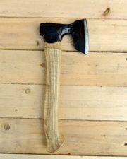 Sculptur axe 0,8 kg Edge length 10 cm Total length 33 cm