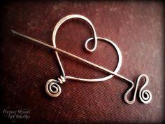 Copper Heart Brooch. Copper Wire Heart Shawl Pin for Valentine's Day