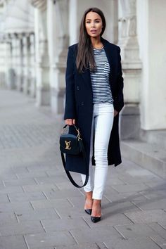 f95f9ff67df Striped Tee with White Skinny Jeans and Navy Long Coat and Shoes   Johanna  Olsson