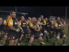 ▶ Chiefs Super Rugby Final Haka HD August 2013 - YouTube ... Awesome and Fearsome!!! Love it!