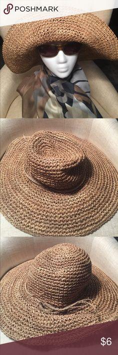 Women's J. Hats Brown sun hat. Women's J. Hats Brown sun hat. Simply that..a hat❣️😻 J Hats Accessories Hats
