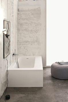 salle de bains italienne avec baignoire rectangulaire Kelly