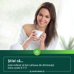 Dacă îți place să savurezi o ceașcă de cafea dimineața, este bine să știi că studii recente arată fapul că băutura aromată își face cel mai bine efectul după ce iei micul dejun și nu chiar atunci când te trezești. Așadar, cel mai indicat moment al zilei pentru o ceașcă de #cafea este între orele 9 și 11, iar dacă vrei să ai un somn odihnitor, evită să bei cafea după ora 18. #nutriție #sănătate Natur House, Health Fitness, Fitness, Health And Fitness