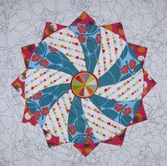 Circles Follow-A-Long: EPP, block #1: Swirlagig