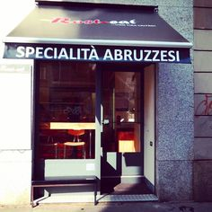 Rost Eat, a little bit of Abruzzo in Milan. Another one of my favorite places to have a #cheap and #delicious meal.