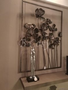 J-Line Bruin metalen wanddecoratie metalen bloemen in bruin metaal 110h