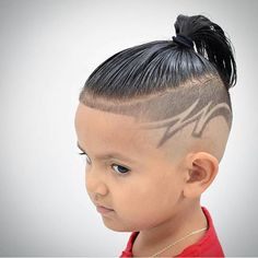 Long hair for men is certainly in style but there are considerations men will need to make when deciding to grow out their hair. It is common for men to worry if it is high maintenance. Hairstyles Haircuts, Haircuts For Men, Trending Hairstyles, One Hair, Men's Hair, Hair Art, Boys Fade Haircut, Hair Designs For Men, Shaved Hair Designs