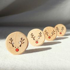 """Handmade Reindeer Buttons, Pyrography Wood Button, DIY Christmas Ideas 4pce  1"""" or 25mm"""
