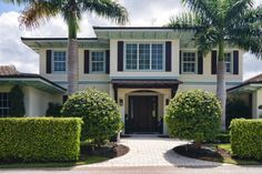 Coastal Florida Real Estate offers some luxurious, waterfront living.