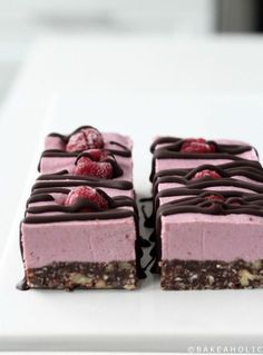 Raw, Vegan and Gluten-Free Raspberry Slice Bars. Like a raw Raspberry cheesecake, with chocolate nut crust. Deliciously raw and healthy!